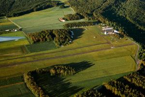 Der Flugplatz Burg Feuerstein von Norden aus